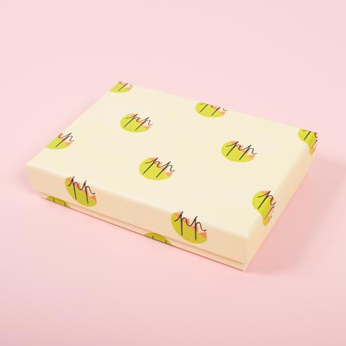 可愛いギフトボックスに入ったパッケージで、プレゼントにも最適です☆