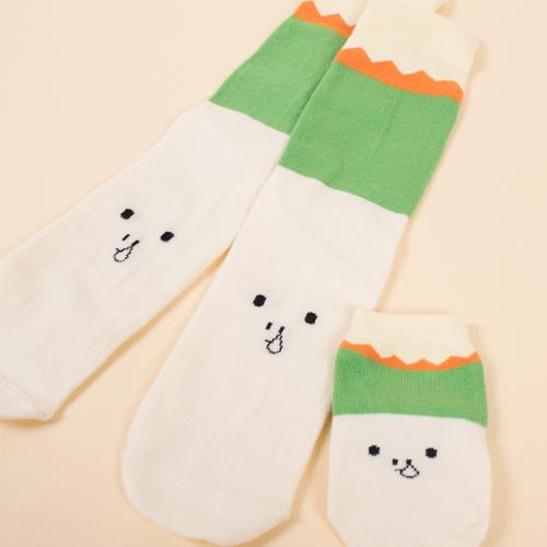 日本初上陸の「Petites Pattes」(プチットパッツ)は、イギリスで設立されたベビー用靴下ブランドです